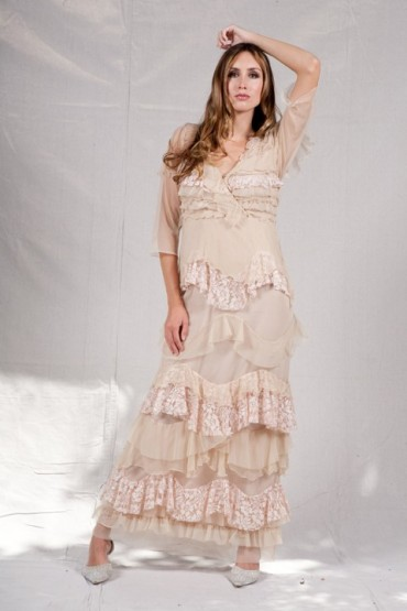 Romantic Spanish Style Lace Bridal Gown