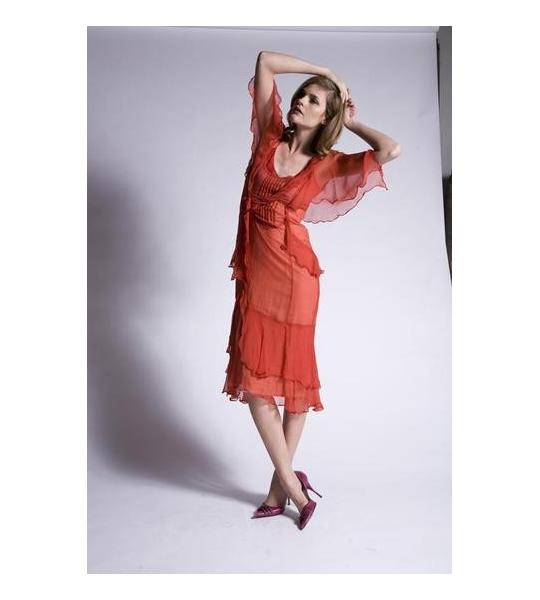 A red dress for fall type