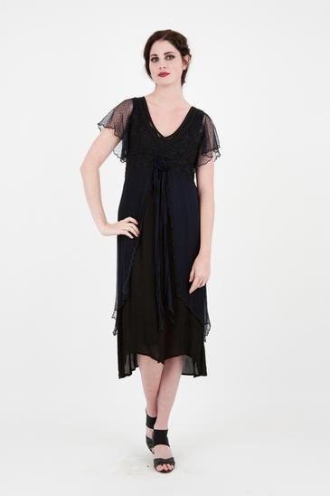 Vintage Plus-Size Dresses for All Seasons